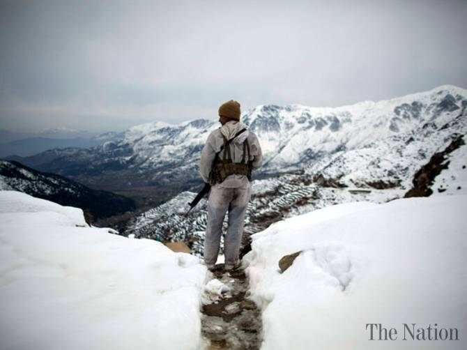 Siachen_Glacier_solider_photo_The_Nation